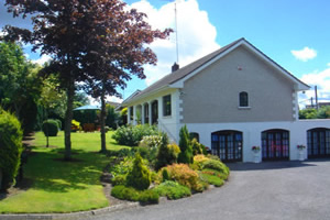 Front View of Athlumney Manor B&B